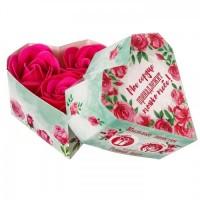 Мыльные лепестки в коробке-сердце Моё сердце принадлежит только тебе