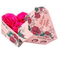 Мыльные лепестки в коробке-сердце Навсегда в моём сердце